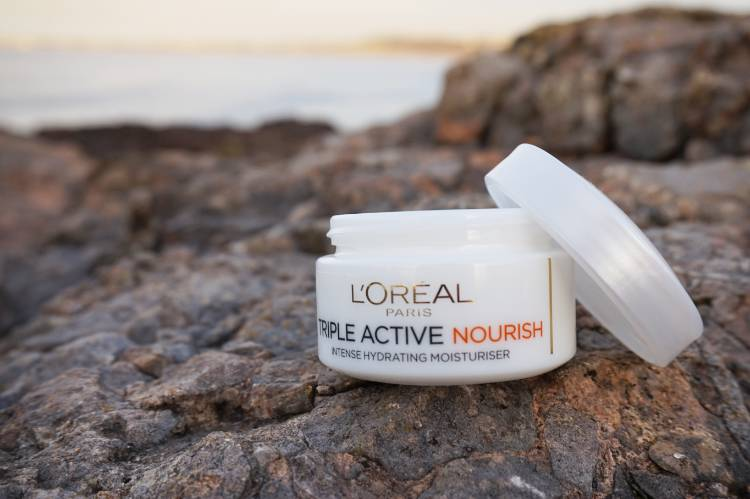 Skincare Review: L'Oreal Triple Active Nourish Moisturiser