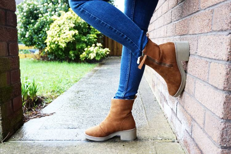 Outfit of the Day - Winter Casuals - New Look Tan Boots