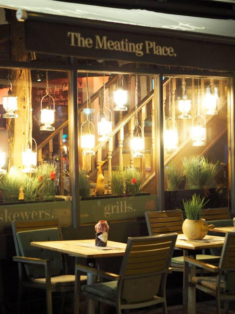 The Meating Place, Restaurant, Eating Out, Review, Cardiff, lifestyle, Food, Steak, Skewers, Places to Eat, Date Night,