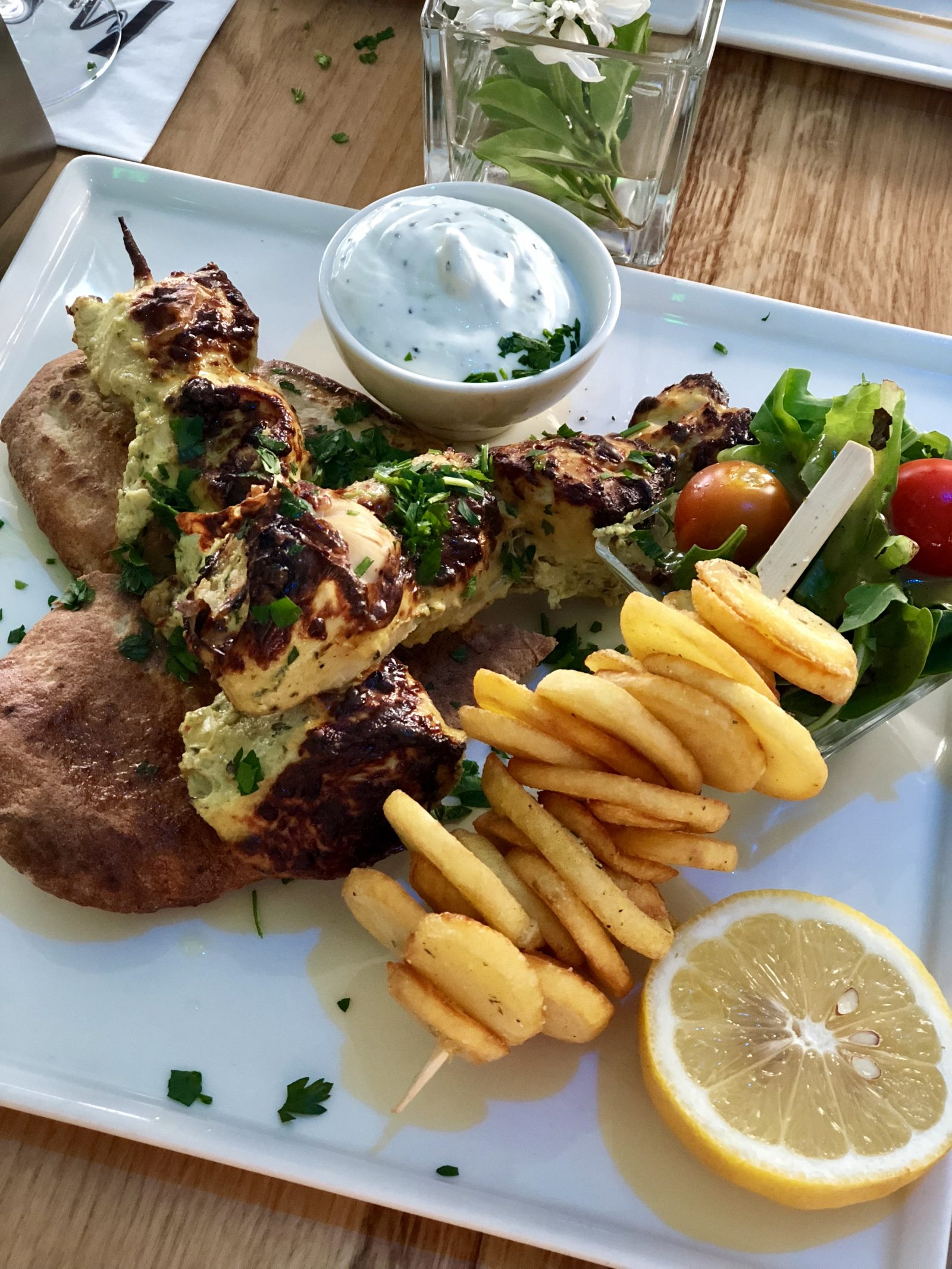 Paphos, Cyprus, travelling, eating out, restaurant recommendations, food reviews, Greek food, souvlaki, chicken kebabs, Chinese and Thai food, Muze, old town paphos, Phuket, Pingouino Café, bar and grill,