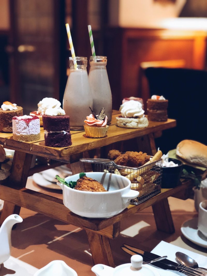 Maes Manor – Picnic Bench Afternoon Tea Review